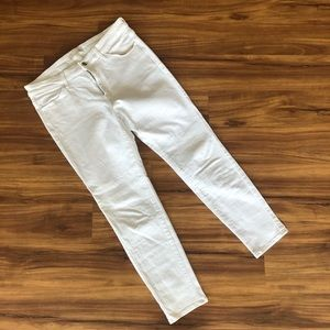 UNIQLO White Denim Cropped Skinny Jeans